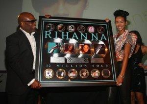 Rihanna platinum