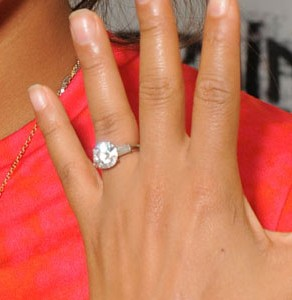christinamilian_ring