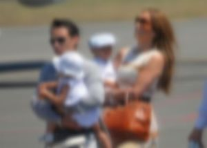 jennifer lopez family blur